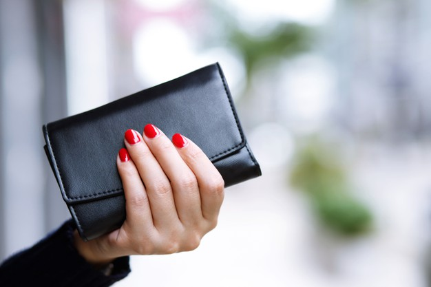 woman-with-wallet-ready-online-shopping_109549-197